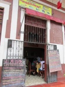 Menú blacboards in Peru