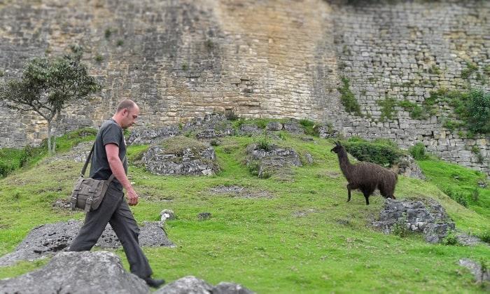 Backpacking alone in Peru