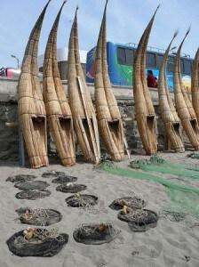 caballitos-de-totora-peru-fishing-boats