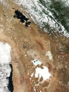 lake-titicaca-uyuni-from-space