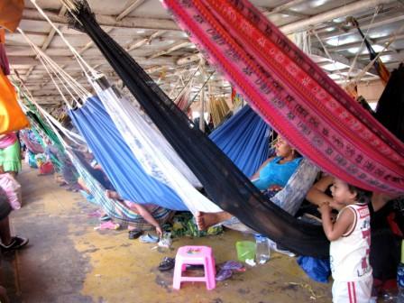 amazon river trip hammocks