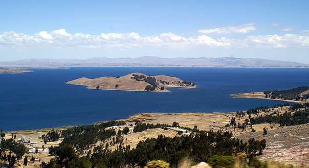isla-taquile-lake-titicaca-peru