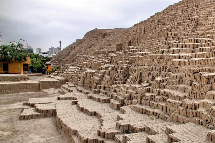 Huaca Pucllana - Layover in Lima