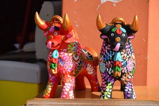 top peruvian souvenirs - small traditional peruvian bull statue