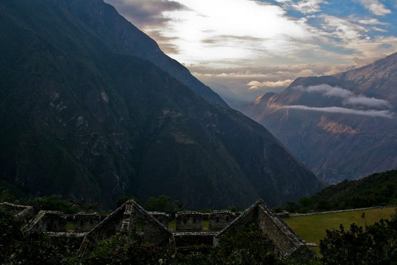 Alternatives to Machu Picchu - Choquequirao Sunset in Mountains