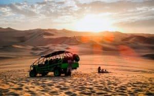 huacachina-sandboarding-dune-buggy-min