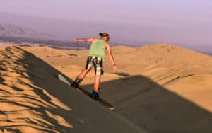 sandboarding-huacachina-featured