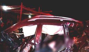 cruz del sur bus crashes into car
