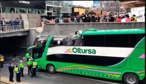 oltursa bus crash san isidro